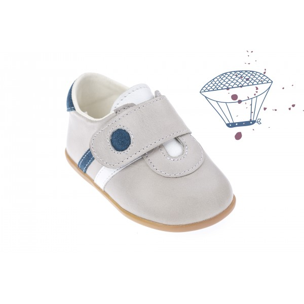 Baby boy shoes velcro shoes Toddler leather shoes Ecru baptism shoes