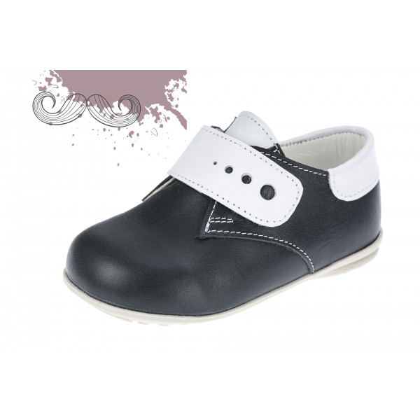 Baby boy shoes velcro shoes Toddler leather shoes Black white detail baptism shoes