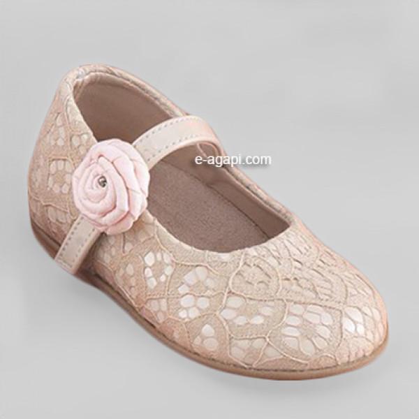 Baby girl shoes Lace crochet Flowergirl unique shoes Ecru