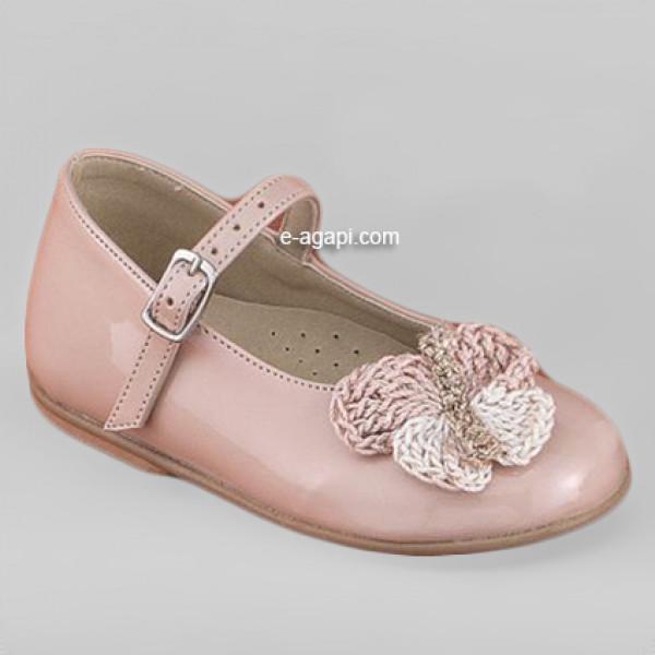 Baby girl shoes Leather shoes Crochet butterfly Unique shoes Ecru baptism shoes