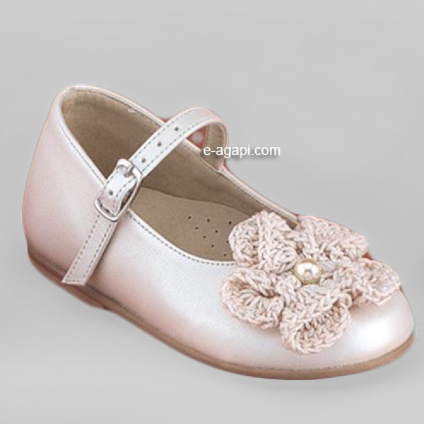Baby girl shoes Crochet Flower Girl leather shoes Ecru wedding shoes